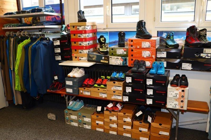 diverse Schuhe Aktion